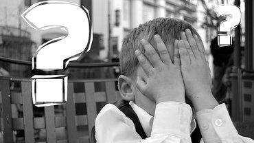 Fehler Fragezeichen Enttäuschung Empörung Kind