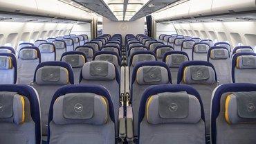 Seit Beginn der Corona-Krise bleiben die meisten Jets der Lufthansa leer und am Boden